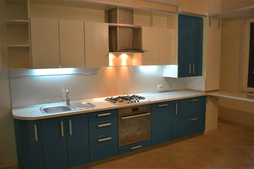 Сине белая кухня из МДФ