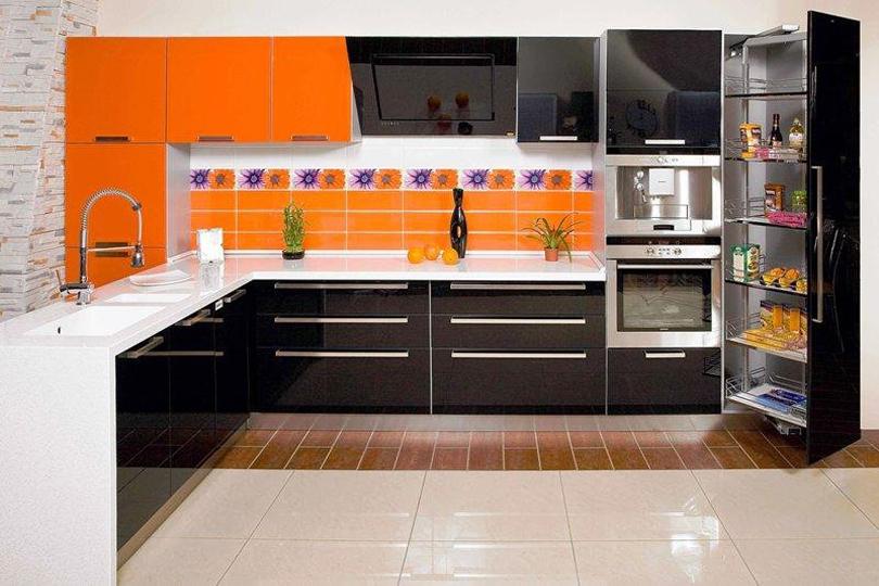 Кухня черная из пластика