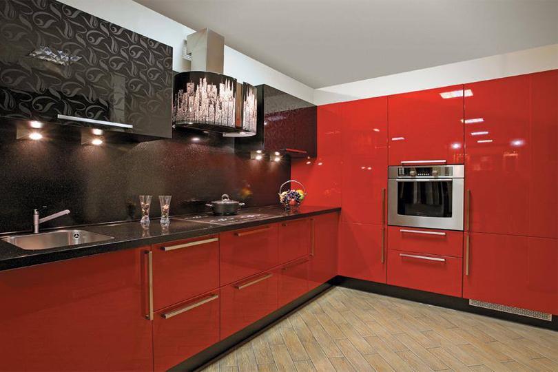 Кухня красная из пластика №18