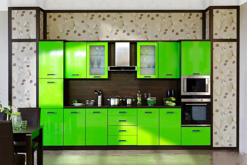 Зеленая кухня из пластика №8